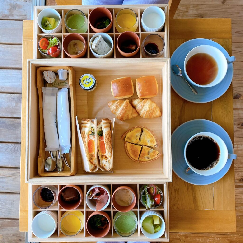 セトレマリーナびわ湖の部屋で朝食