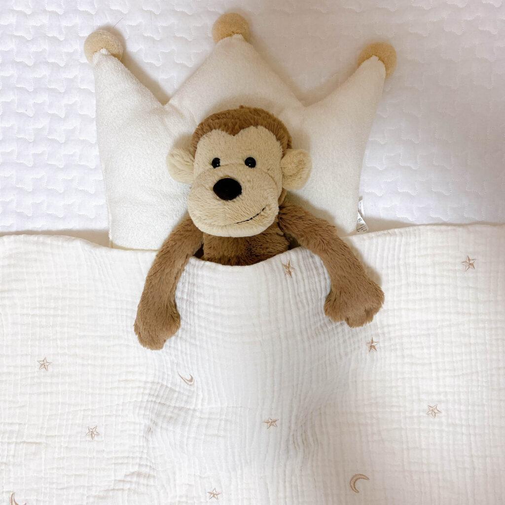 ジェリーキャットの猿のぬいぐるみとお布団