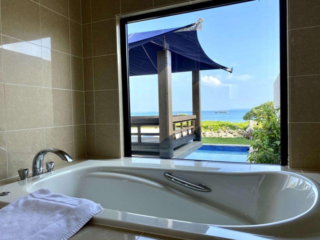 紺碧ザヴィラオールスイートのお風呂